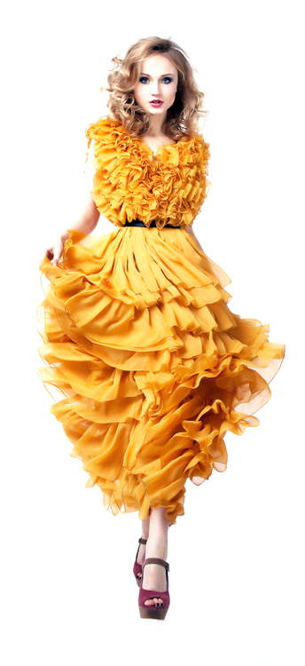 Model in yellow dress